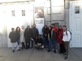 El Colectivo Tetuán-Ventilla asiste a «Beca y Eva dicen que se quieren»